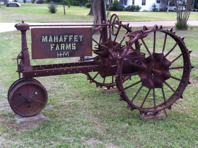 Shreveport Bossier area farm tractor